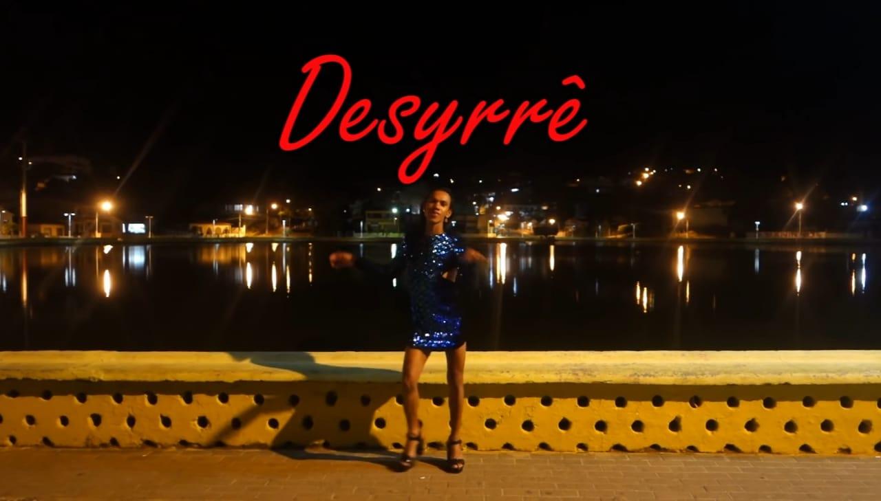 Still_Desyrrê